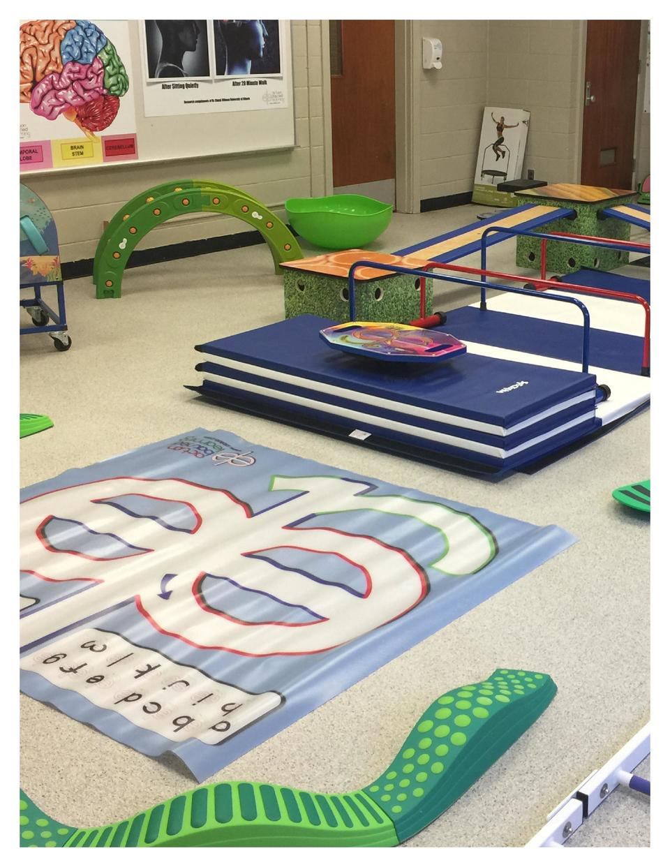8  LEARN N MOVE MAT  Model  812  Kids can learn numbers 0-9, addition, subtraction, multiplication, and division with the ...